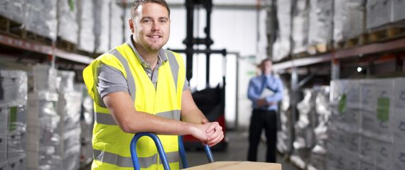 Work in Denmark for workers in warehouse